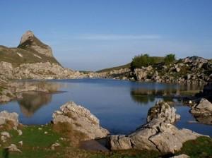 Волнистое озеро