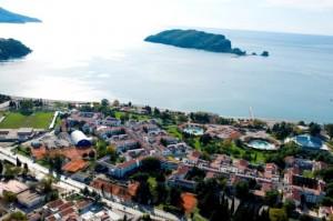 Славянский пляж (Slovenska plaza) с видом на Sveti Nikola