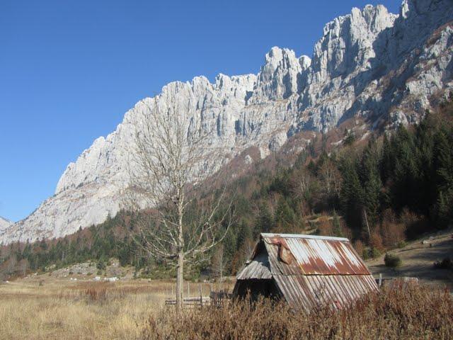 Черногорские скалы