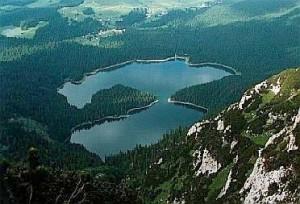 Черное озеро2