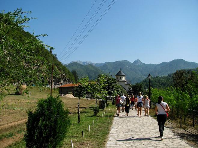 монастырь Морача