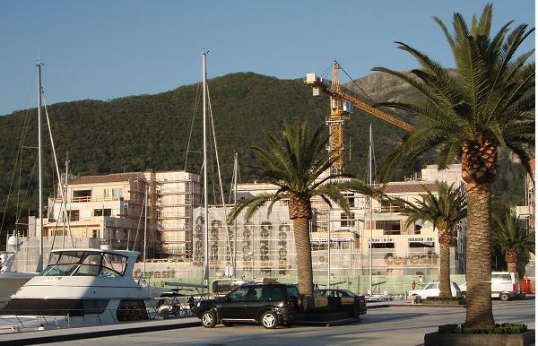 Строительство  Черногории