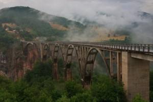 мост через Тару