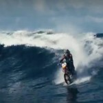 Мотоцикл по воде 00003